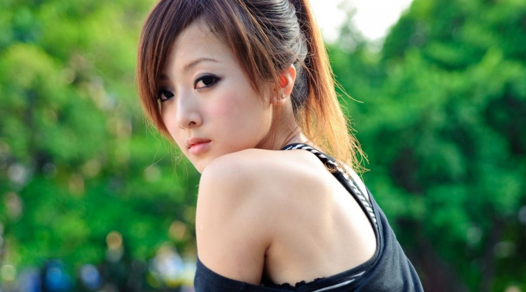 hd-asian-girls-wallpapers-2012-2013-5
