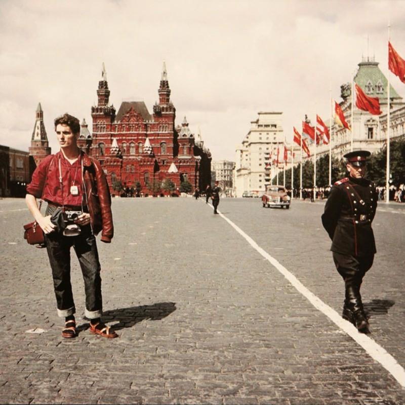 Турист-из-Швейцарии-в-СССР-1957