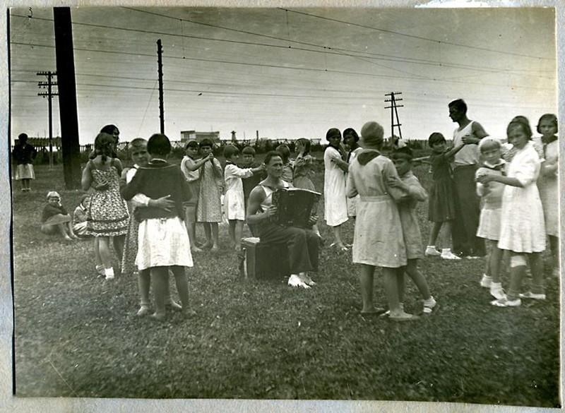 Танцы-на-Траве-1930-е-СССР