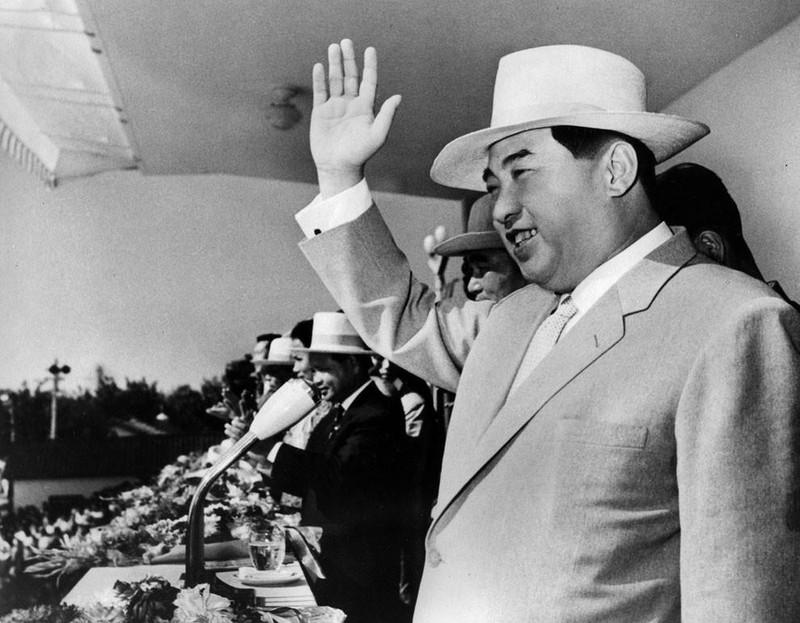 Ким-Ир-Сен-16-годовщина-Северной-Кореи-1964 год