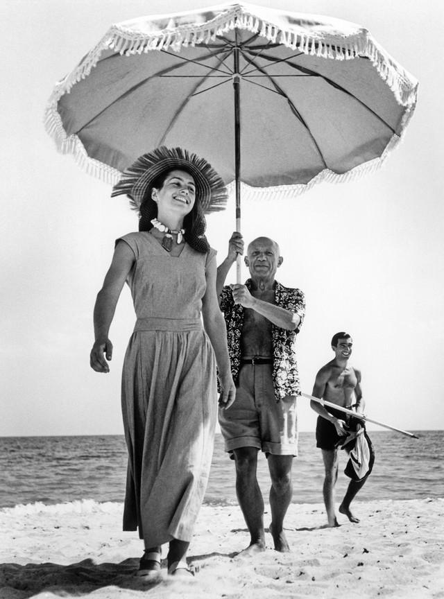 Пикассо-и-Франсуаза-Жило-1948