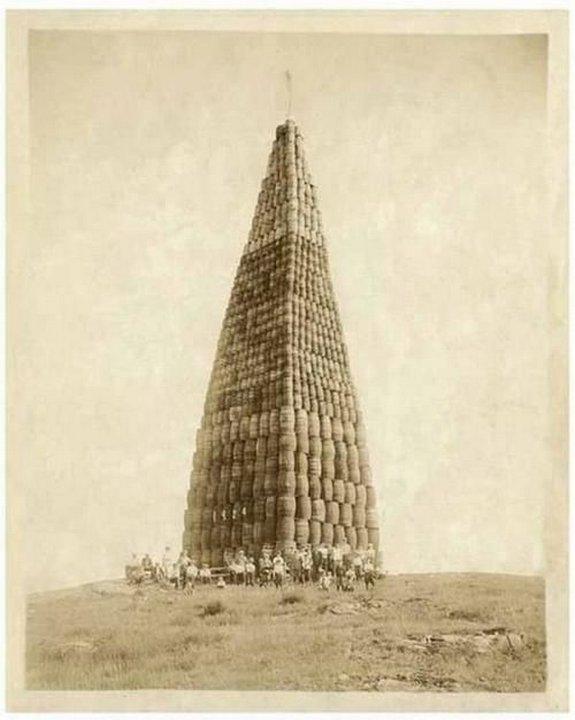 Алкоголь, подготовленный к сжиганию, 1924 (США)