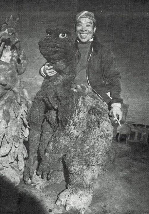 Годзилла между дублями, Япония, 1954