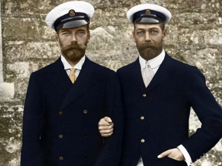 Николай II со своим двоюродным братом английским королем Георгом V